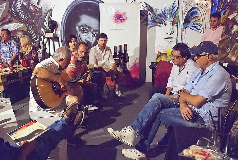 Juana de Arte, un espacio diferente para artistas emergentes 14